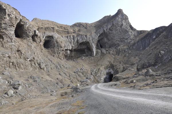 Iğdır Tuz Mağaraları